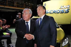 Suzuki SX-4 S-CROSS rolls off the line in Hungary